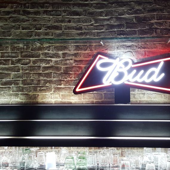 Elementi tailor made Budweiser - Insegna neon